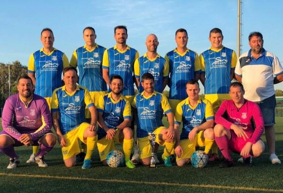 El CF Banyeres de Veterans es proclama campió de lliga de futbol 7