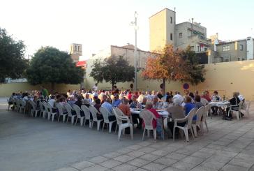 La llar d'avis celebra Sant Joan amb un berenar-sopar
