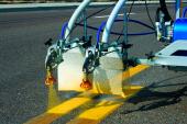 L'Ajuntament adquireix una màquina per a la senyalització vial