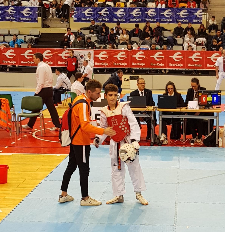 El banyerenc Isaac Vives es proclama campió de l'Open Internacional de Taekwondo d'Aragó